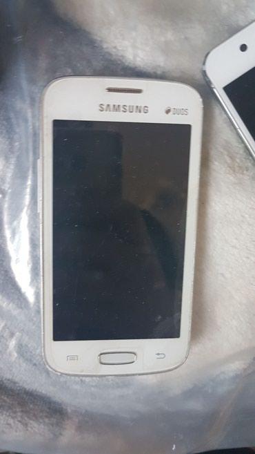 Bakı şəhərində Samsung, htc, nokia