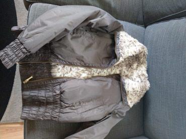 Ženska odeća   Kucevo: Zenska kratka jaknica sa dva lica.Telly weijl.S vel