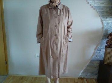 Dugačak ženski mantil klasičnog kroja, polu šuškavog materijala  - Pozarevac