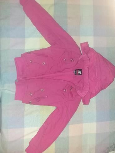 Dečije jakne i kaputi | Paracin: Prelepa jakna za devojcice za prelazni period. kapuljaca se skida