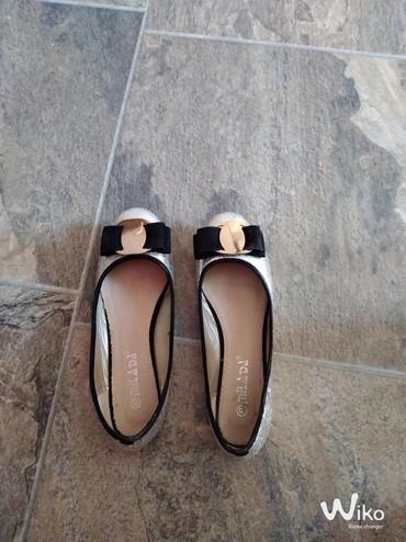 Haljina-fabiani - Srbija: Prelepe cipelice broj 37 obuvene bukvalno jedanput .Preslatko stoje na