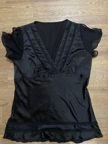 Блузка размер 42-44 . Италия цена 400