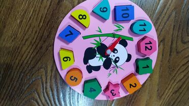 Интерактивные часы для детей старше 2 лет. Отлично развивают моторику