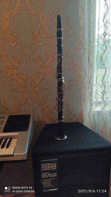 48 elan   İDMAN VƏ HOBBI: A klarnet . Ağac