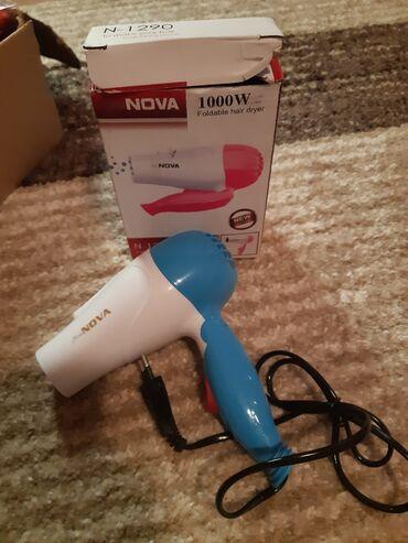 Elektronika - Zabalj: Fen za kosu 800 din  Pegla za kosu mini 600 din