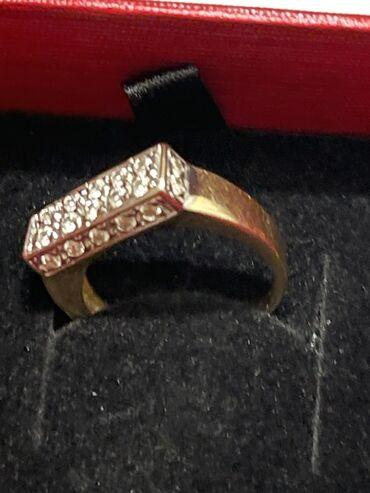 Δαχτυλίδι χρυσό 14 καρατίων .ένα κόσμημα με πολύ εργασία και καρφωτικα