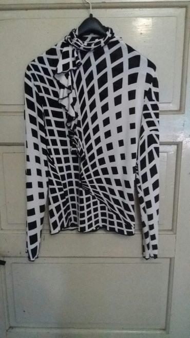 Nova bluzica, veličina S-M, elastin-viskoza. Veoma povoljno. - Nis