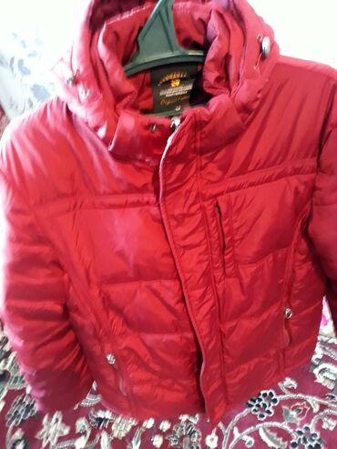 Куртка оргинал новый почти раз54.52 привазной куртка брали 100$