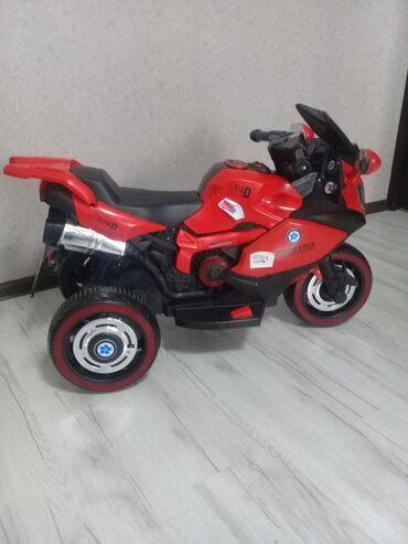 Мотоцикл рассчитано на 5 6 7 лет куплено 26 октября 2020 года