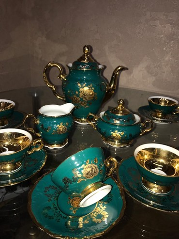 Bakı şəhərində Кофейный и чайный сервизы,вместе 500,можно и по отдельности.