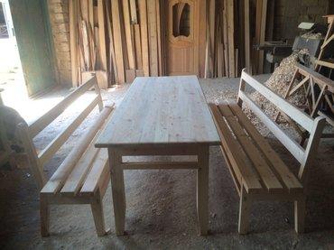 Bağ evləri üçün yüksək keyfiyyətdə hazırlanmış skameyka ve qabaq stolu