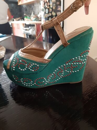 Ženske Sandale i Japanke - Backa Palanka: Sandale platforma