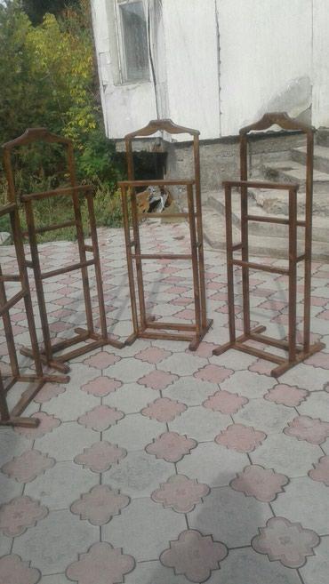 Деревянные вешалки. Очень удобные. Прочные,качественные. в Бишкек
