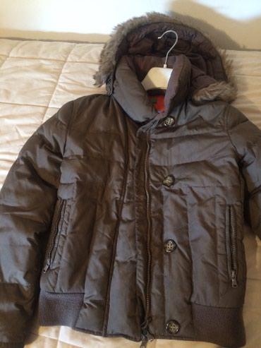 Braon perjana, beneton jakna, velicina 38 - Vranje