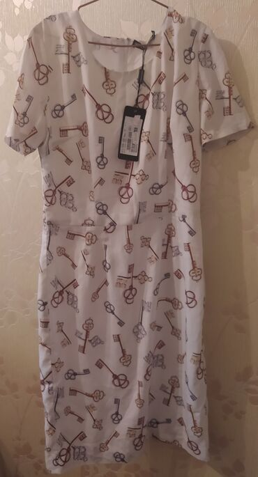 кюлоты длинные в Кыргызстан: Платье Коктейльное Dolce & Gabbana S