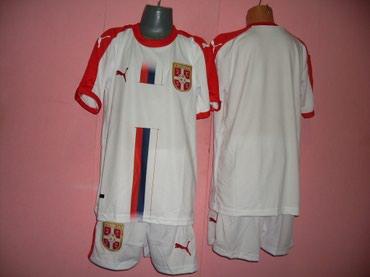 Fudbalski dresovi - Srbija: Fudbalski dresovi za decu u kompletu . Veličine
