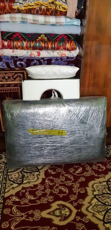 1 объявлений: Кушетка для ресниц, массажа и т.д. новый, пользовались всего 2-3 ра