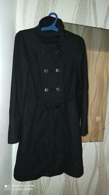 Пальто черное, осень-весна размер 42-s 1000с