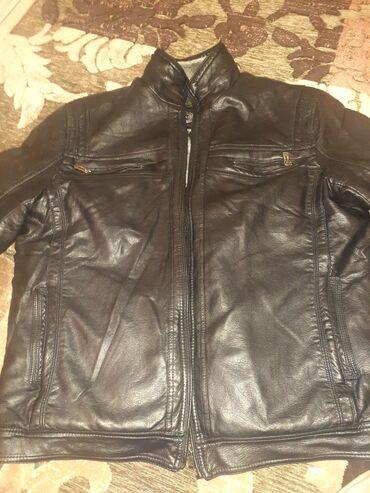 Тез арада мужской куртка сатылат кожанный 2 сезон кийилген состояние