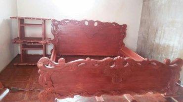 Продаю двухместный Спальный Кровать Ручное изделия все из дерево сдела в Бишкек