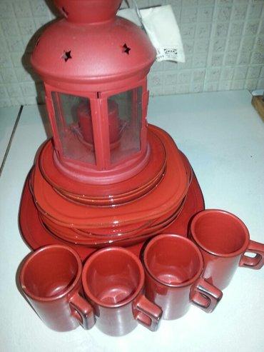Prodaje se crveni keramicki servis tanjira i soljica sa crvenim - Crvenka - slika 5