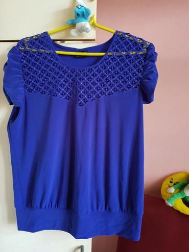 Ženska odeća | Lazarevac: Mornarsko plava, odgovara velicini l/xl. Par puta nosena