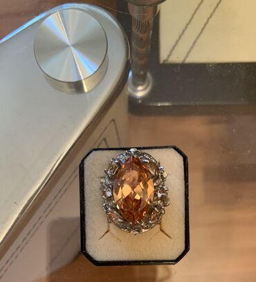 Кольцо перстень с камнемразмер 17/18.б/у