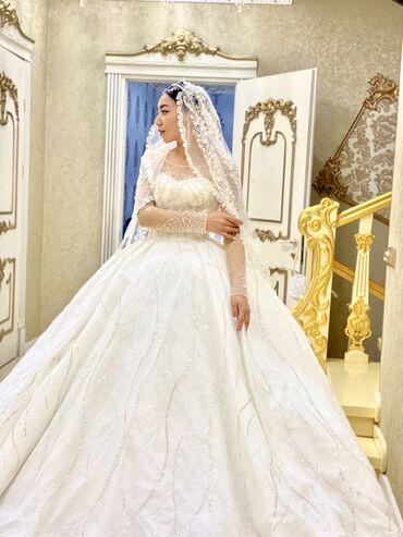 новогодние костюмы на прокат бишкек в Кыргызстан: Очень шикарное свадебное платье королевская VIP2020 турецкая,прокат