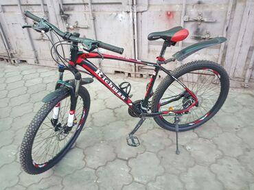 Спорт и хобби - Селекционное: Продаю велосипед алюминиевый рама В отличном состоянии  Звонить по ном