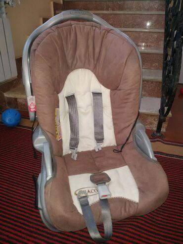 3 yaşa qədər uşaq rahat otura bilir.son 30 azn