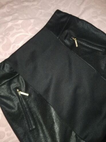 Ženska odeća | Zrenjanin: Prelepa, crna suknja, nova S/M
