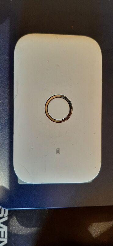 Azercell modem wi-fi 30 Azn tecili satilir