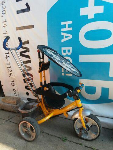 детский трехколесный в Кыргызстан: Продаю трехколесный и двухколесный велосипеды в хорошем состоянии