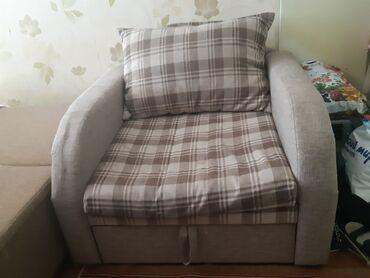 продам кресло кровать in Кыргызстан | ДИВАНЫ: Продается кресло-кровать, имеется ящик для хранения вещей, размер