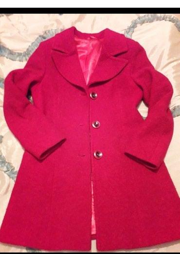 Красное пальто, дэми, б/у, в хорошем в Бишкек