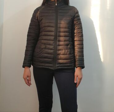 армейский куртка в Кыргызстан: Куртка-деми,можно и на тёплую зиму.Очень удобная. Без дефектов.Посадка
