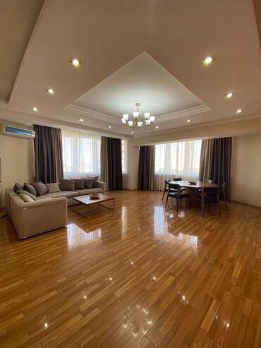 Сдается квартира: 3 комнаты, 150 кв. м, Бишкек