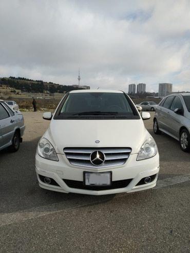 Mercedes-Benz Sumqayıtda: Mercedes-Benz B 180 1.7 l. 2011 | 88000 km