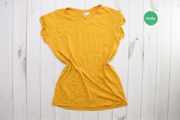 Жіноча футболка H&M, р. S    Довжина: 73 см Ширина плечей: 46 см Р
