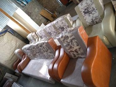 Новый диван с кресло в Лебединовка
