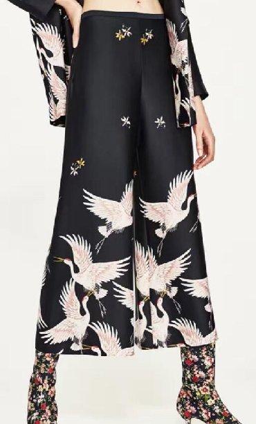 мужские черные брюки в Кыргызстан: Брюки килоты Zara оригинал. S-m. 1000. Натуральный шелк