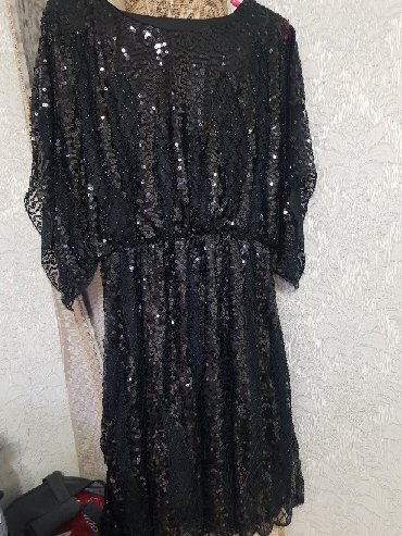 черное платье на свадьбу в Кыргызстан: Классное платье на корпоратив, на свадьбу.Размер стандарт.В живую еще