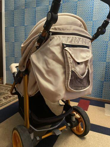 Детский мир - Аламедин (ГЭС-2): Продаю трехколёсную коляску. Состояние хорошее. Внедорожник среди коля