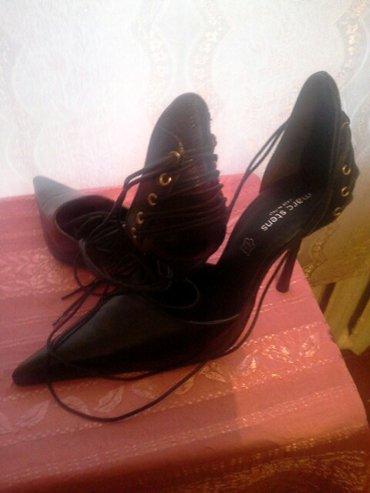 *Италия* - туфли новые. размер 39: туфли * в Бишкек