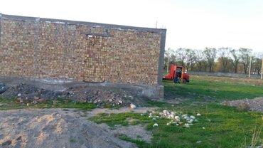 срочно продается дом для сбе строили, большой 10на 8 проек хороший мож in Бишкек