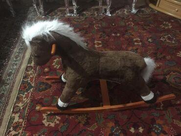 золотой лошадь пластырь цена в Кыргызстан: Лошадь качалка музыкальная