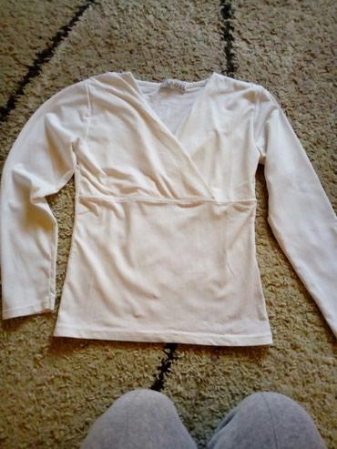 Bluza na preklop,odgovara velicini s nema tragova nosenja - Pancevo