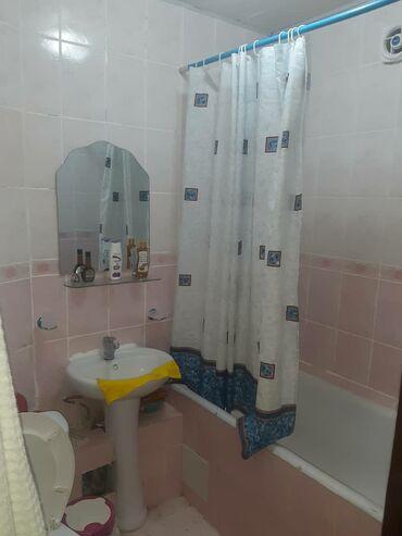 alfa romeo gtv 3 mt в Кыргызстан: Сдается квартира: 3 комнаты, 53 кв. м, Бишкек