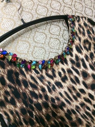 Кофта леопардовая с шварц камушками ремешком 44-46 в Бишкек