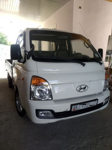 Транспорт - Кадамжай: Hyundai Портер 2.6 л. 2009